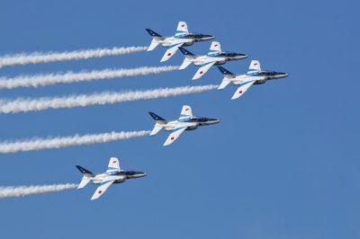 fighter-2387312_640